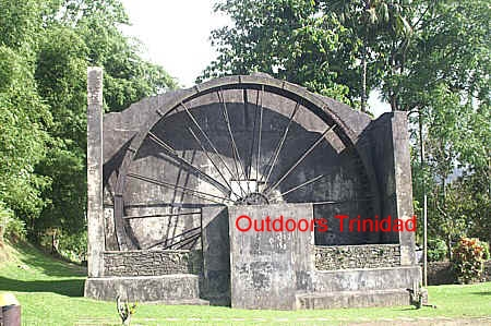 diego water wheel comp.jpg (113773 bytes)
